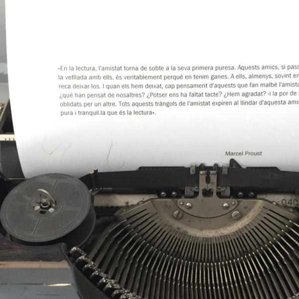 Illadelaire - Escriptura