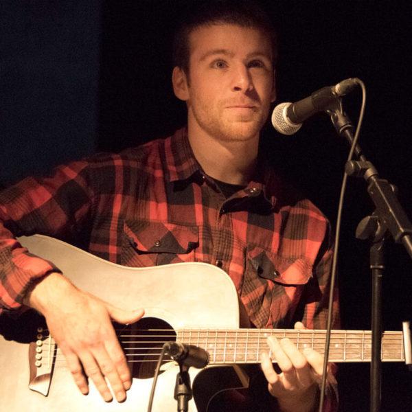 illadelaire-taller-guitarra